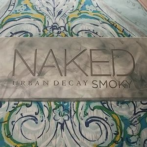 Urban Decay Naked Smokey pallette